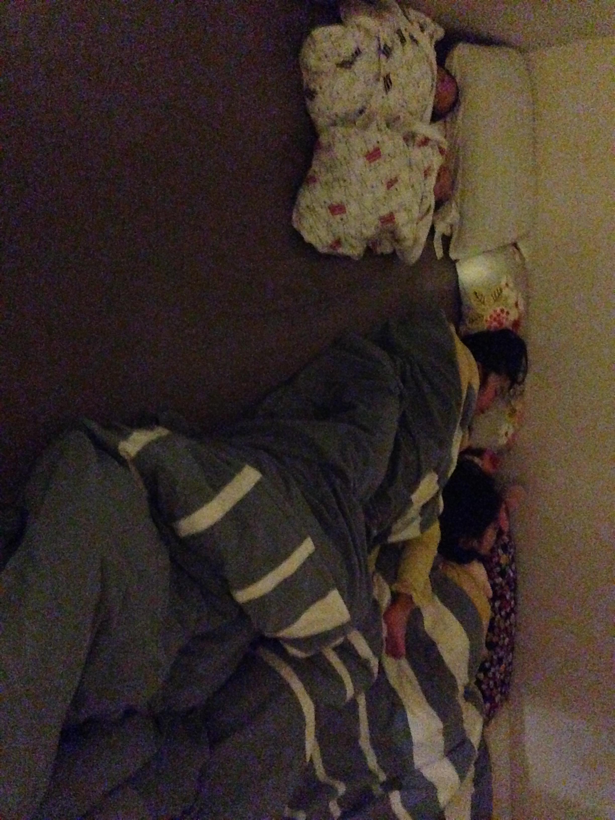 【双子育児】我が家の寝室状況 どうやって寝てるの?